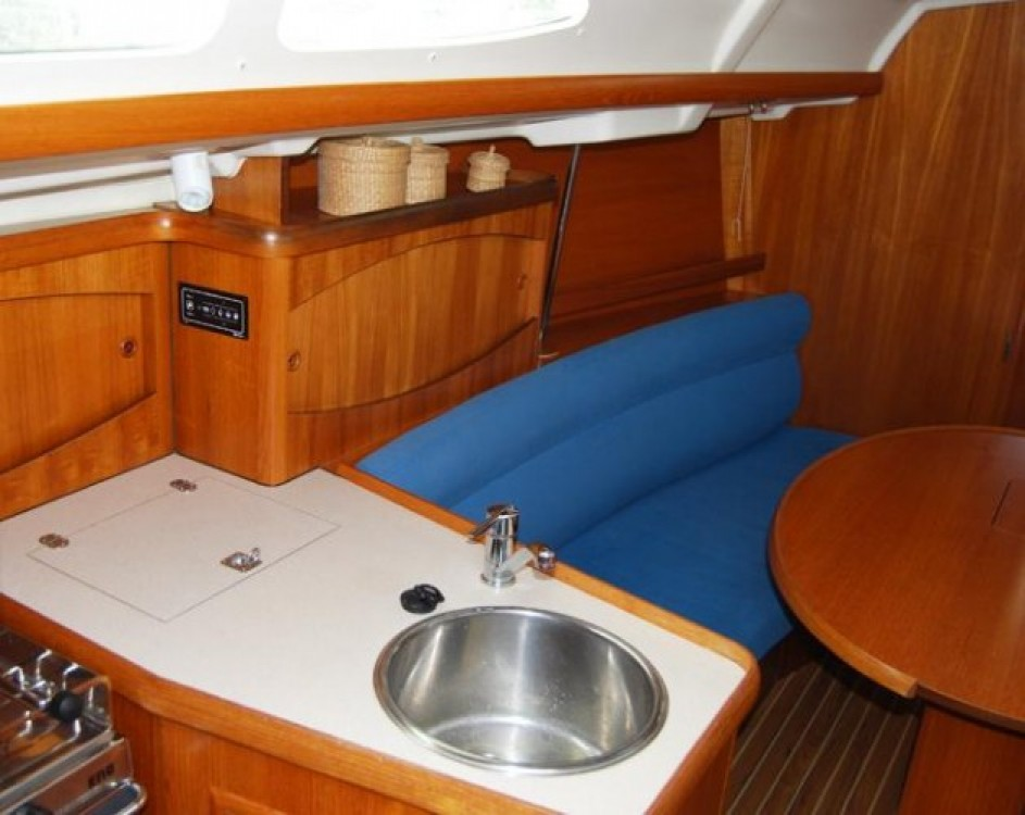 Barca a vela a noleggio Port du Frioul al miglior prezzo