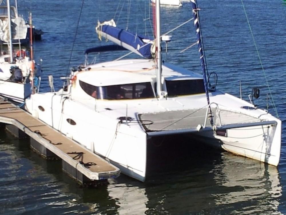 Catamarano a noleggio Arzal al miglior prezzo