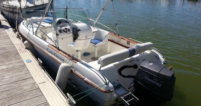 B2 Marine Cap Ferret tra privati e professionisti a Palavas-les-Flots