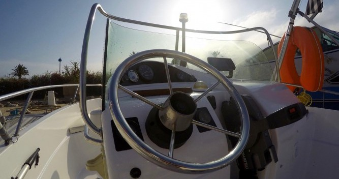 Barca a motore a noleggio a Palavas-les-Flots al miglior prezzo