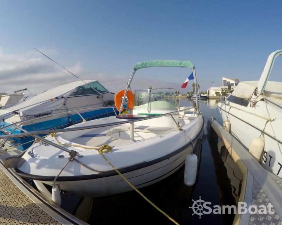 Noleggio Barca a motore B2 Marine con una patente