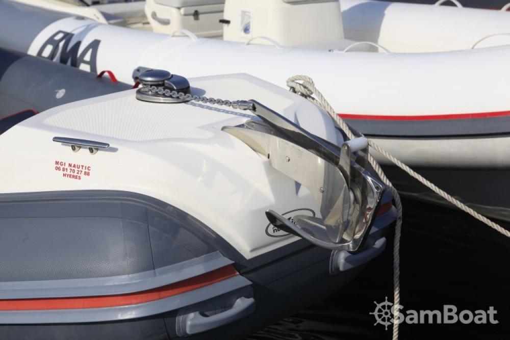 Noleggio barche Hyères economico Nuova Jolly 700 RS