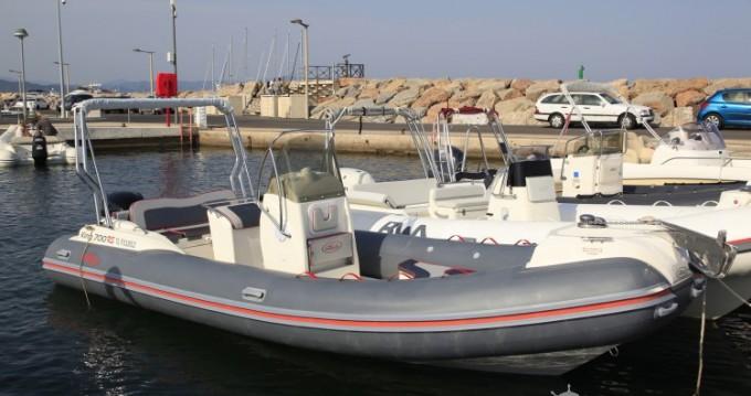Noleggiare una Nuova Jolly Nuova Jolly 700 RS a Hyères