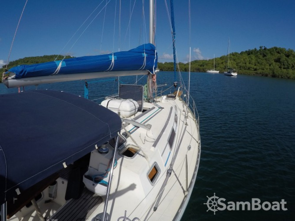 Gibert Marine Gib Sea 372 tra personale e professionale Le Robert