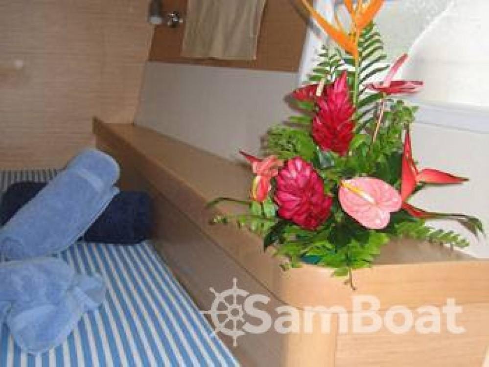Noleggio Catamarano con o senza skipper Lagoon Ajaccio