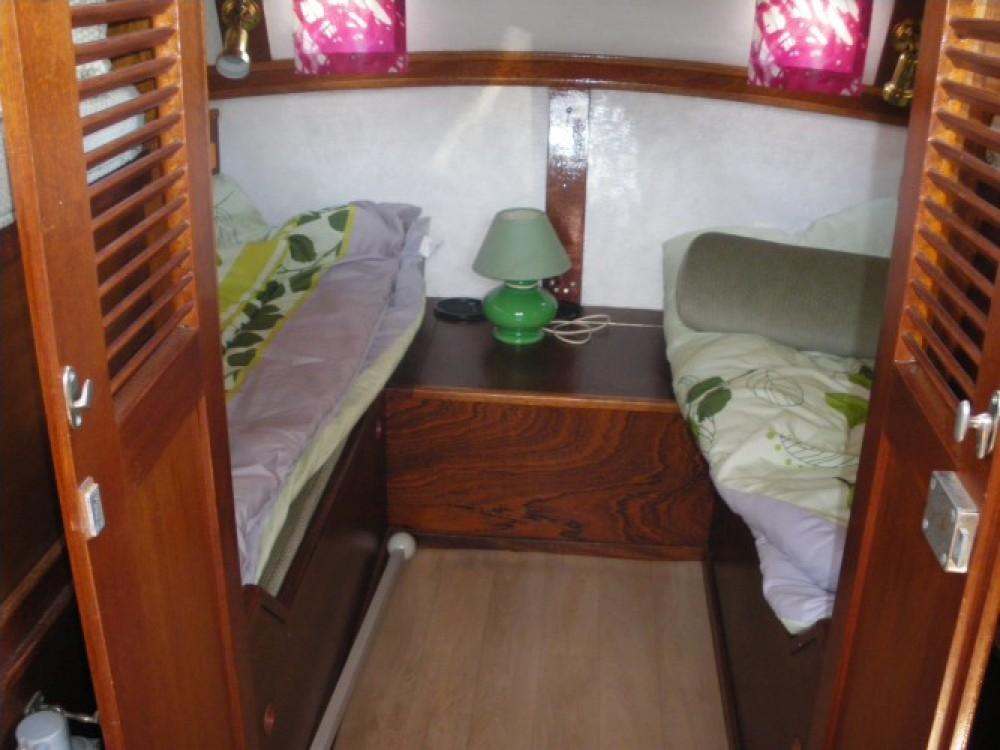 Noleggio Barca a motore con o senza skipper Bravo Redon