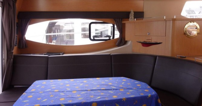Noleggio Barca a motore con o senza skipper Fountaine Pajot a La Trinité-sur-Mer