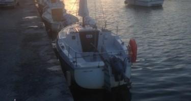 Barca a vela a noleggio a Pont-l'Abbé al miglior prezzo
