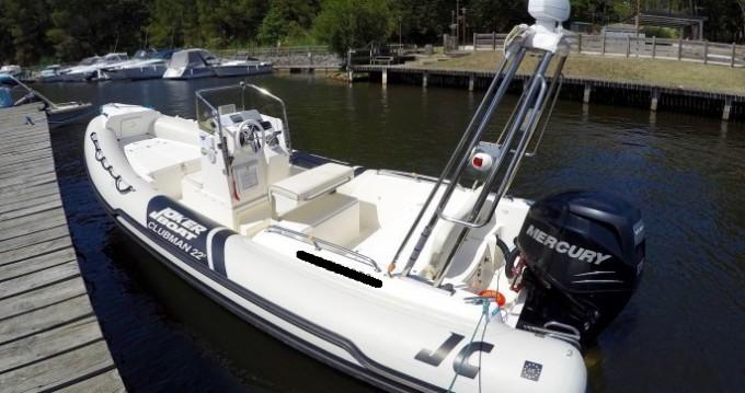 Joker Boat Clubman 22 tra privati e professionisti a Arcachon