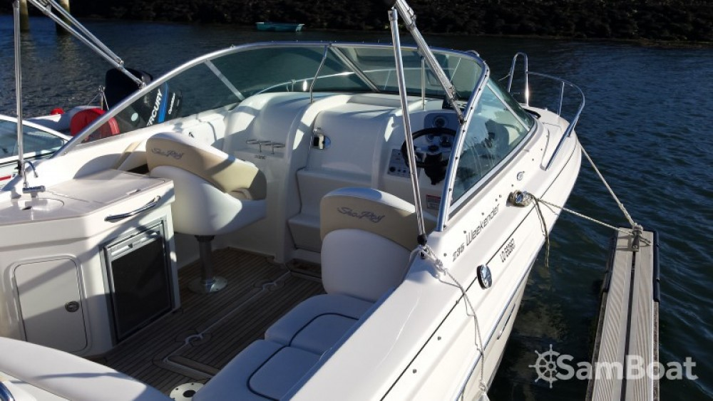 Sea Ray Sea Ray 235 Weekender tra personale e professionale Larmor-Plage