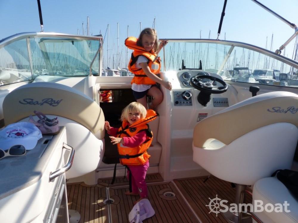 Noleggio Barca a motore con o senza skipper Sea Ray Larmor-Plage