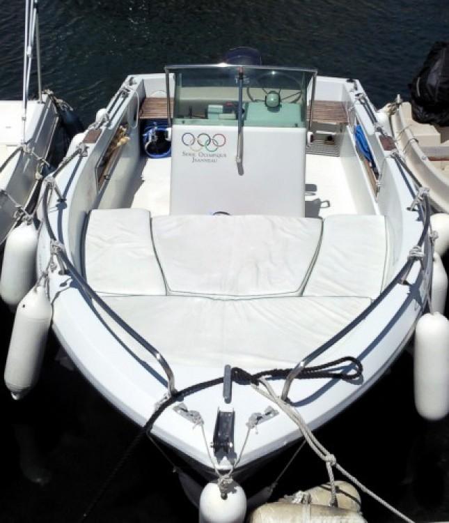 noleggio Barca a motore  - Jeanneau Cap Camarat 575