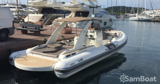 Wimbi Boats W9i tra privati e professionisti a Cogolin