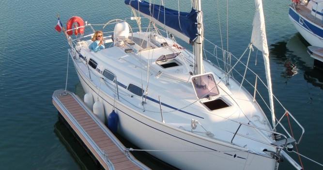 Noleggiare una Bavaria Cruiser 30 a La Trinité-sur-Mer