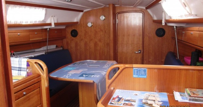 Bavaria Cruiser 30 tra privati e professionisti a La Trinité-sur-Mer