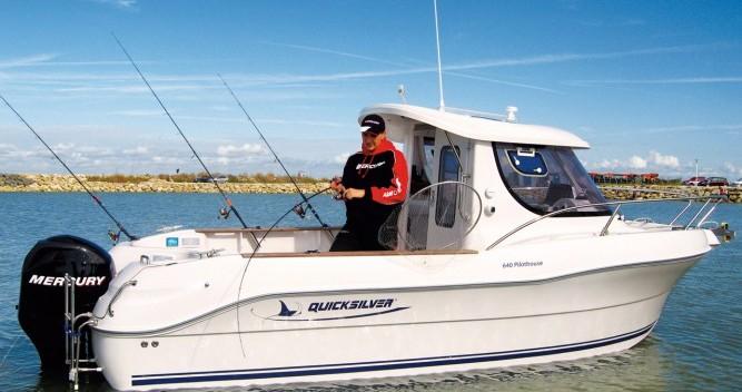 Noleggio Barca a motore a Lorient – Quicksilver Quicksilver 640 Pilothouse