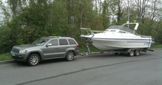 Barca a motore a noleggio a La Londe-les-Maures al miglior prezzo