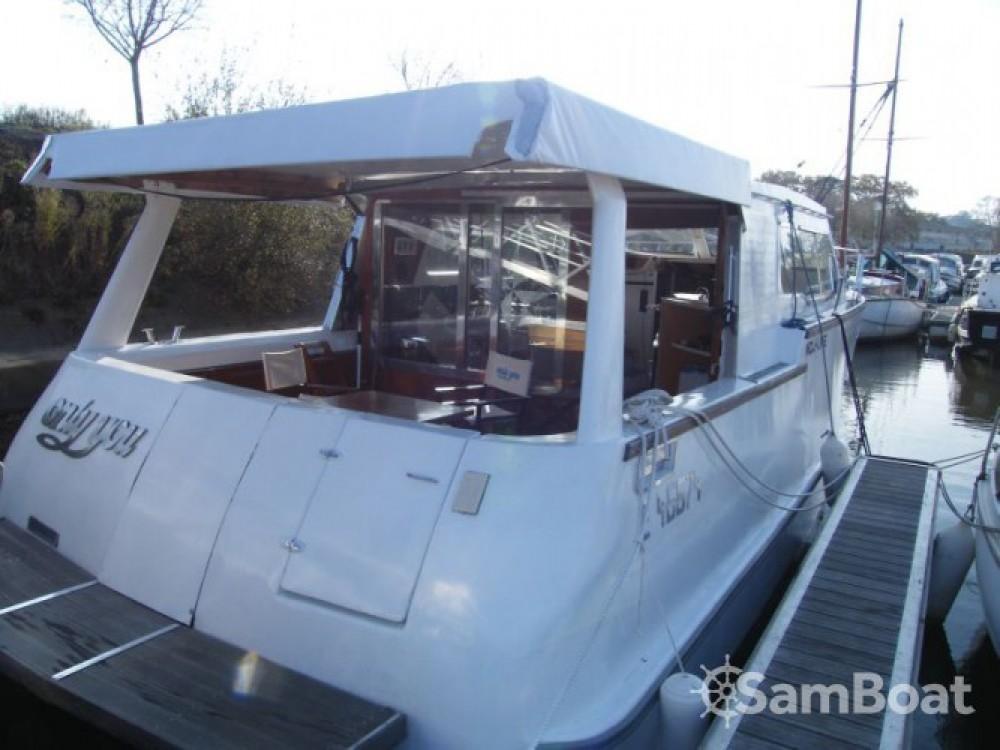 Noleggio barche  economico Houseboat
