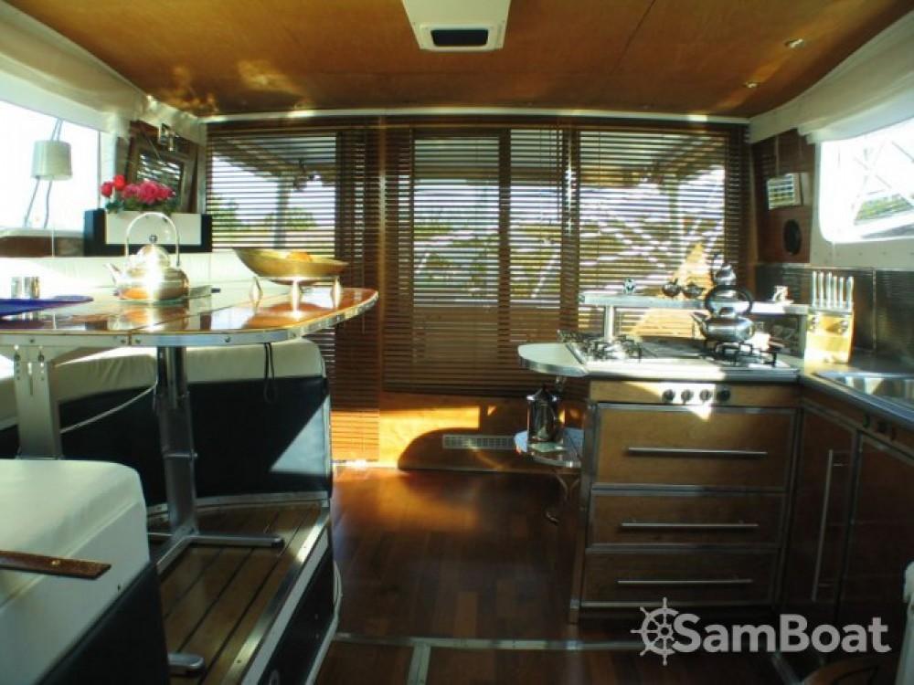 Noleggiare un'Tuckermann Houseboat