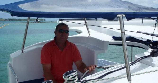 Catamarano a noleggio a Le Marin al miglior prezzo