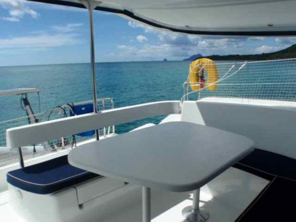 Noleggio Catamarano con o senza skipper Fountaine Pajot Martinica