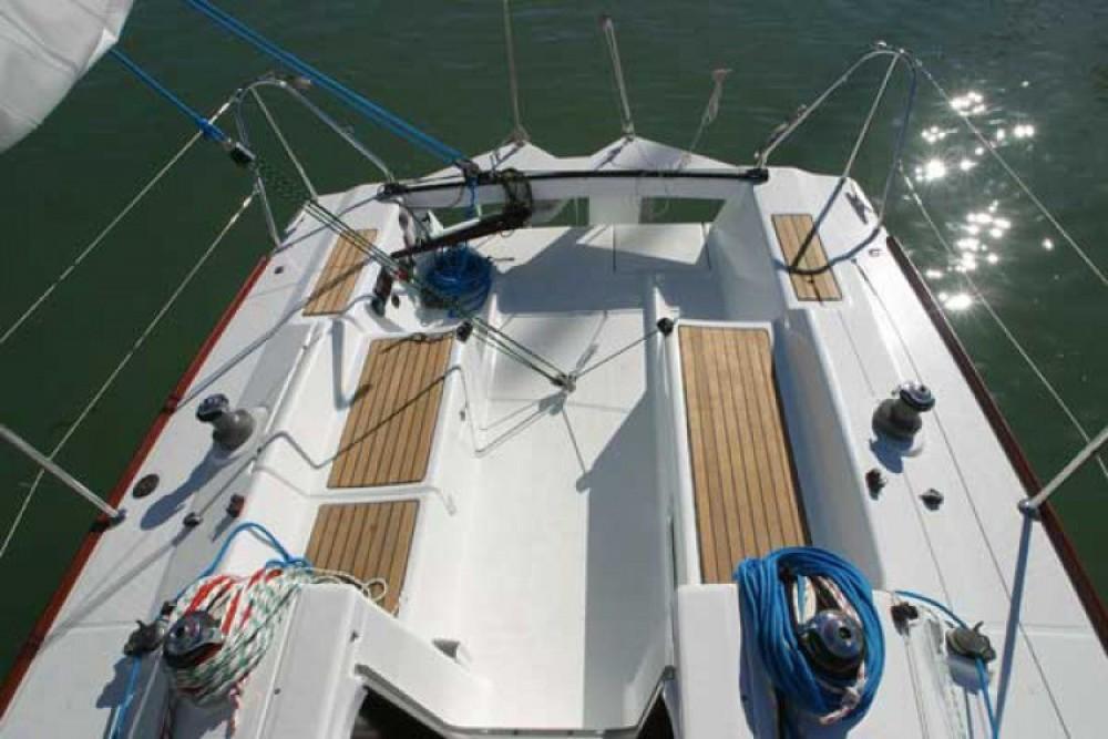 Noleggio barche Bénéteau First 27.7 La Rochelle su Samboat