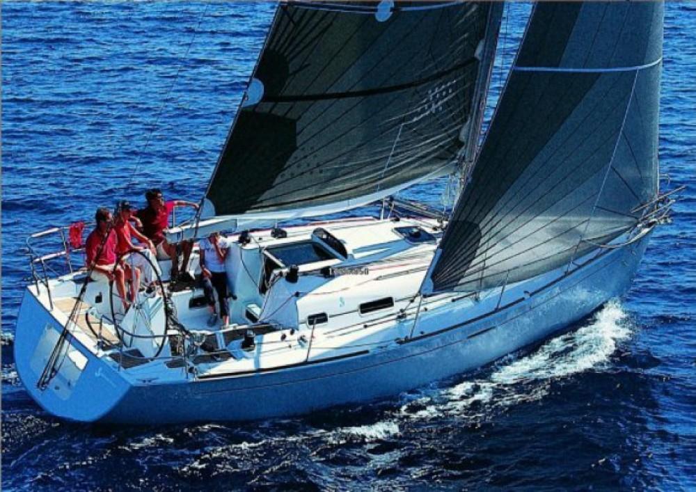 Barca a vela a noleggio Siouville-Hague al miglior prezzo