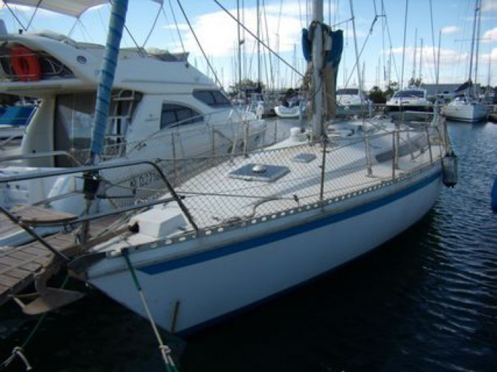 Barca a vela a noleggio Port Diélette al miglior prezzo