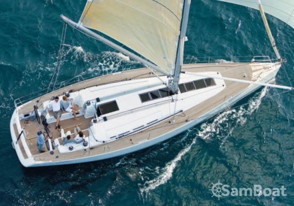 Barca a vela a noleggio La Grande-Motte al miglior prezzo