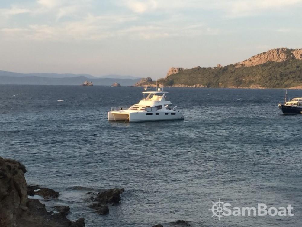 Barca a motore a noleggio Bormes-les-Mimosas al miglior prezzo