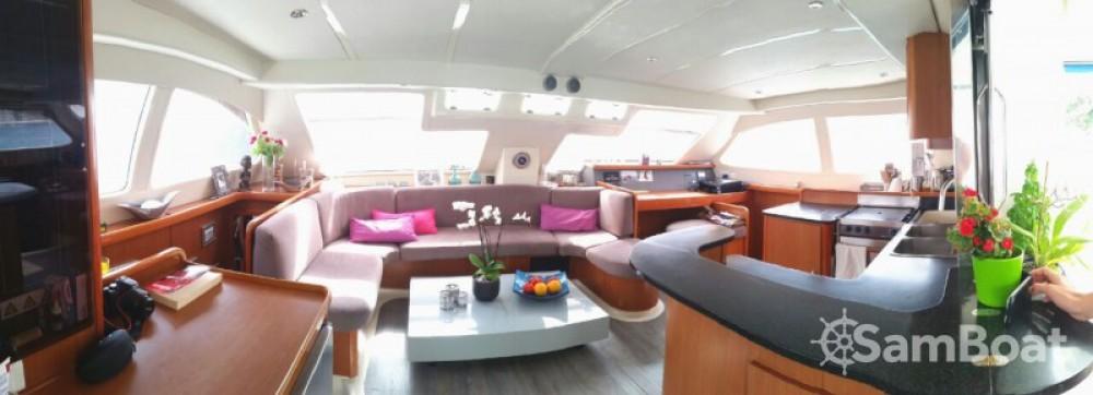 noleggio Barca a motore Bormes-les-Mimosas - Robertson and Caine Leopard 47 PC
