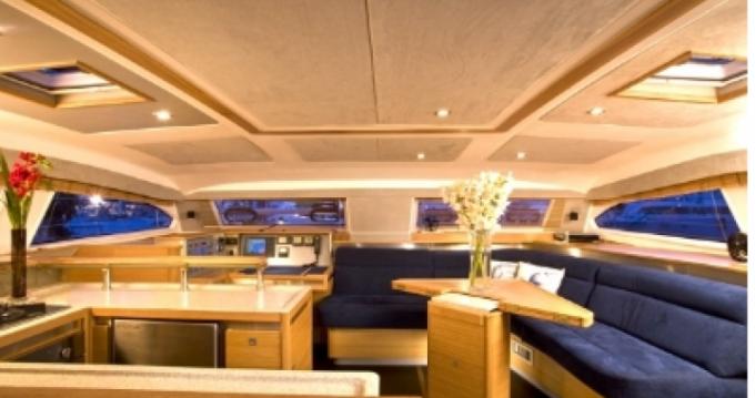 Noleggiare una Catana Catana 50 Ocean Class a Marigot