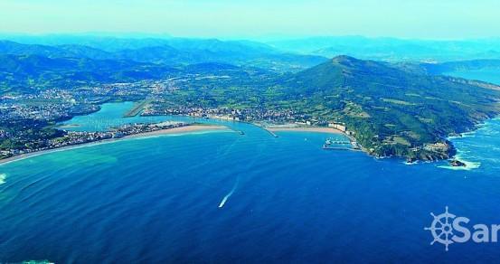 Barca a vela a noleggio a Hondarribia al miglior prezzo