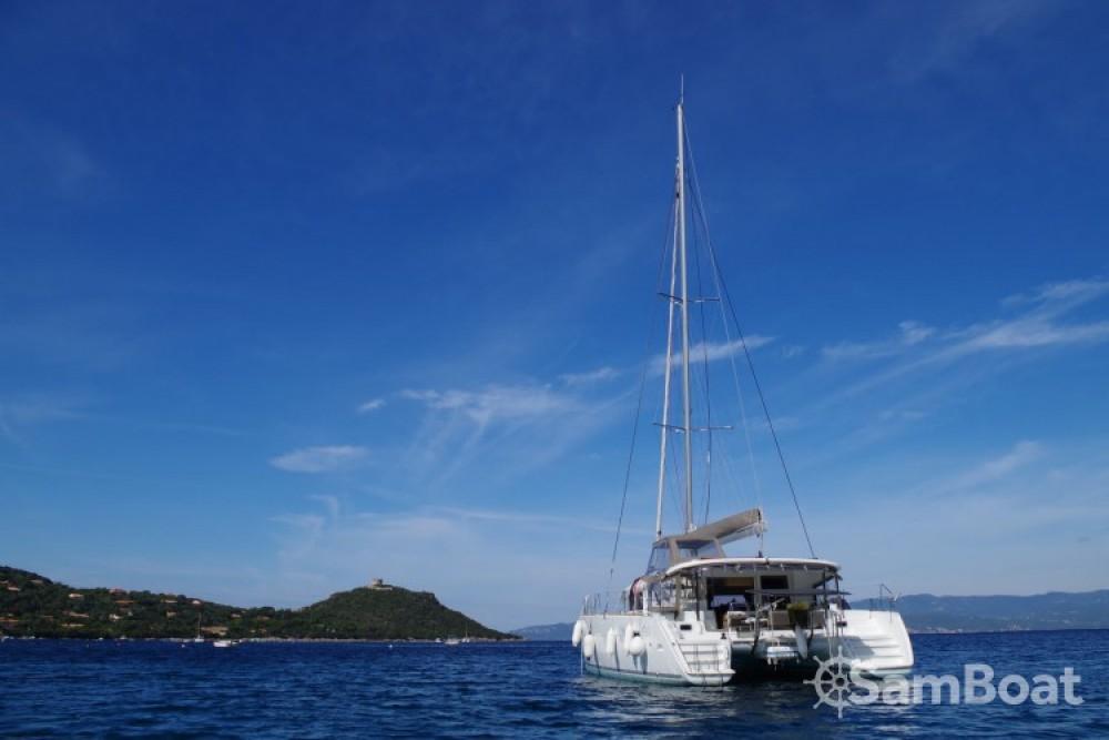 Catamarano a noleggio Propriano al miglior prezzo
