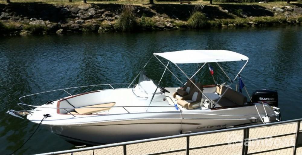 Noleggio barche Jeanneau Cap Camarat 750 Cannes su Samboat