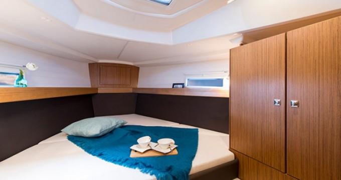 Noleggiare una Bavaria Cruiser 37 a Lisbon