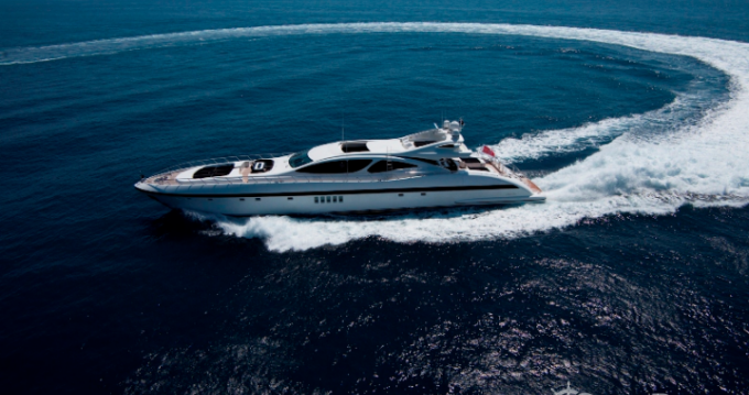 Noleggio yacht a Cannes – Mangusta Mangusta su SamBoat