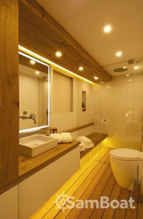 Noleggio barche Cannes economico Luxury Yachting