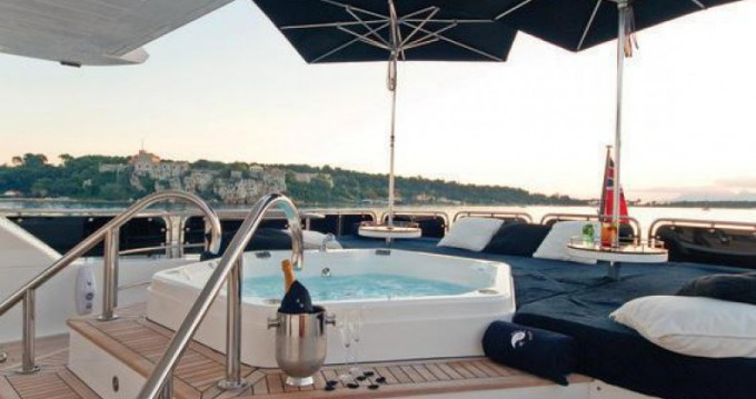 Noleggio Yacht con o senza skipper Sunseeker a Antibes