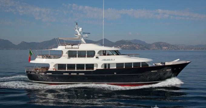 Lynx-Yachts Lynx tra privati e professionisti a Golfe-Juan