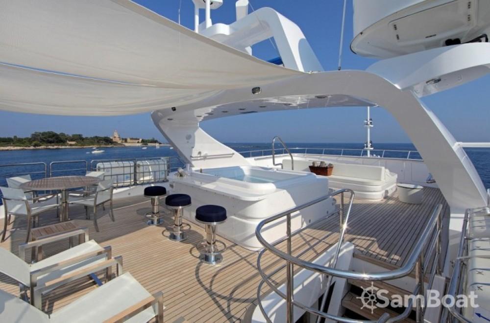 Noleggio Yacht Fittipaldi con una patente