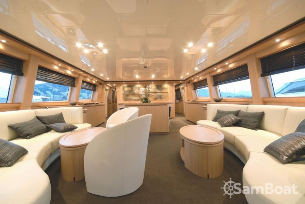 Noleggio Yacht Canados con una patente