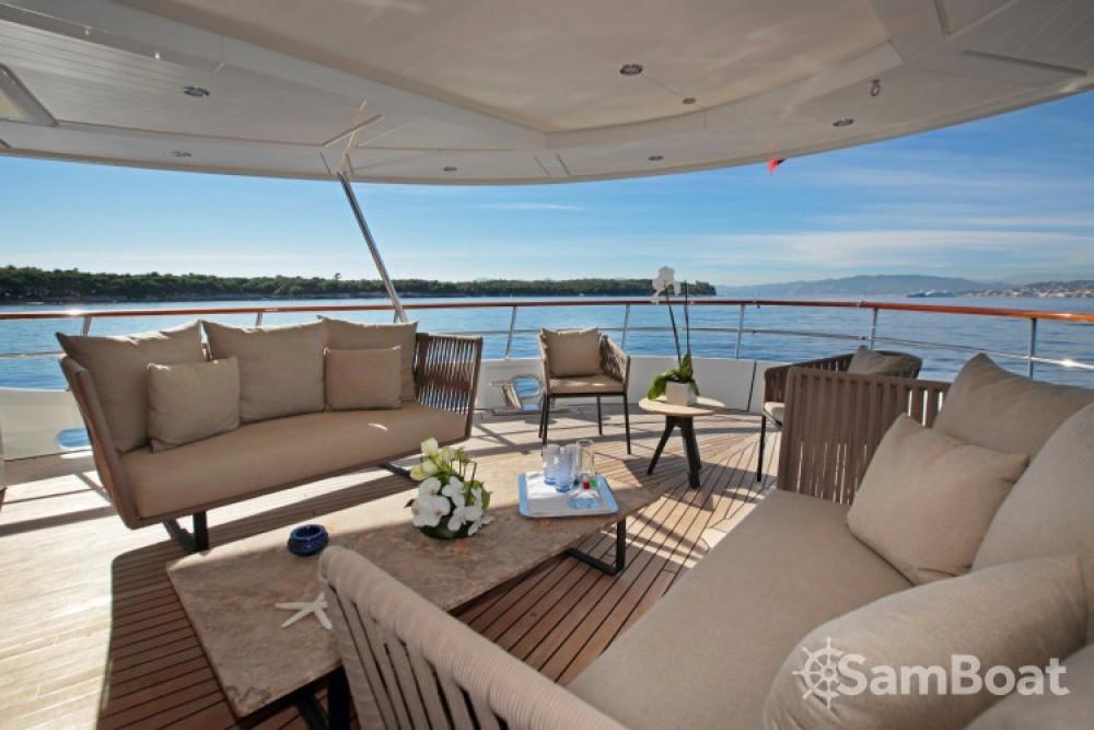 Noleggio Yacht Lynx-Yachts con una patente
