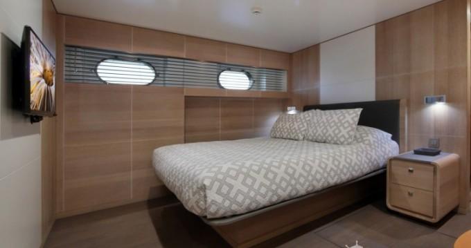 Noleggiare una Lynx-Yachts Lynx a Golfe-Juan