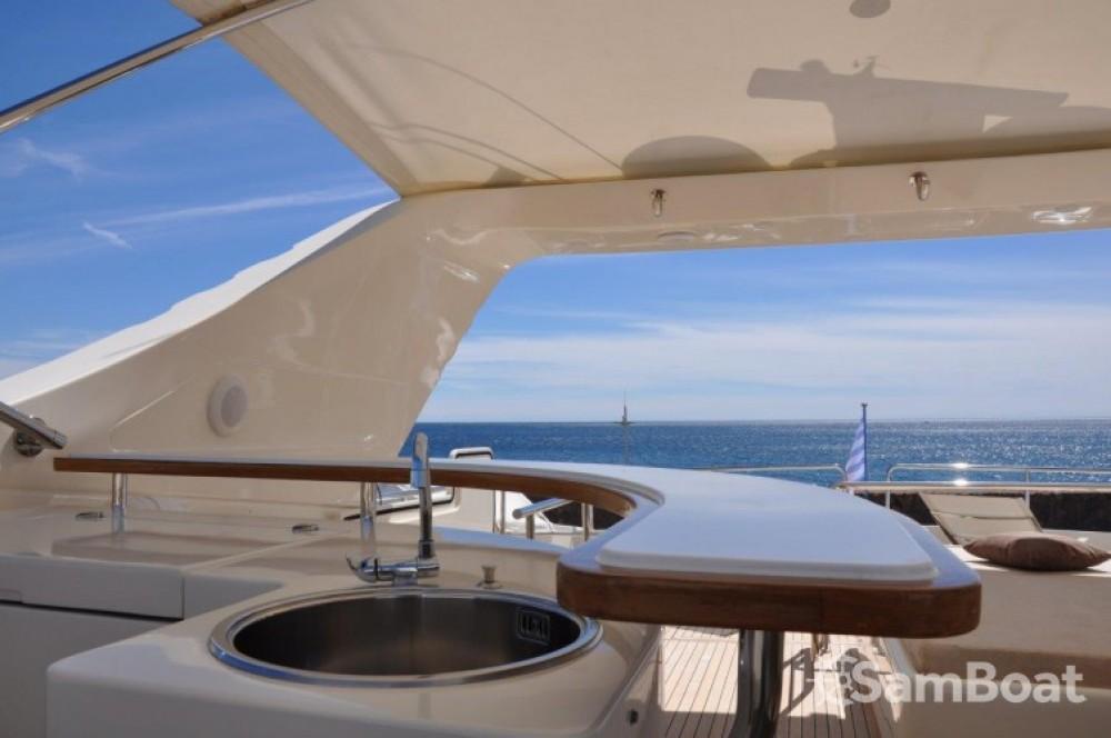 Noleggio yacht Mandelieu-la-Napoule - Canados Canados su SamBoat