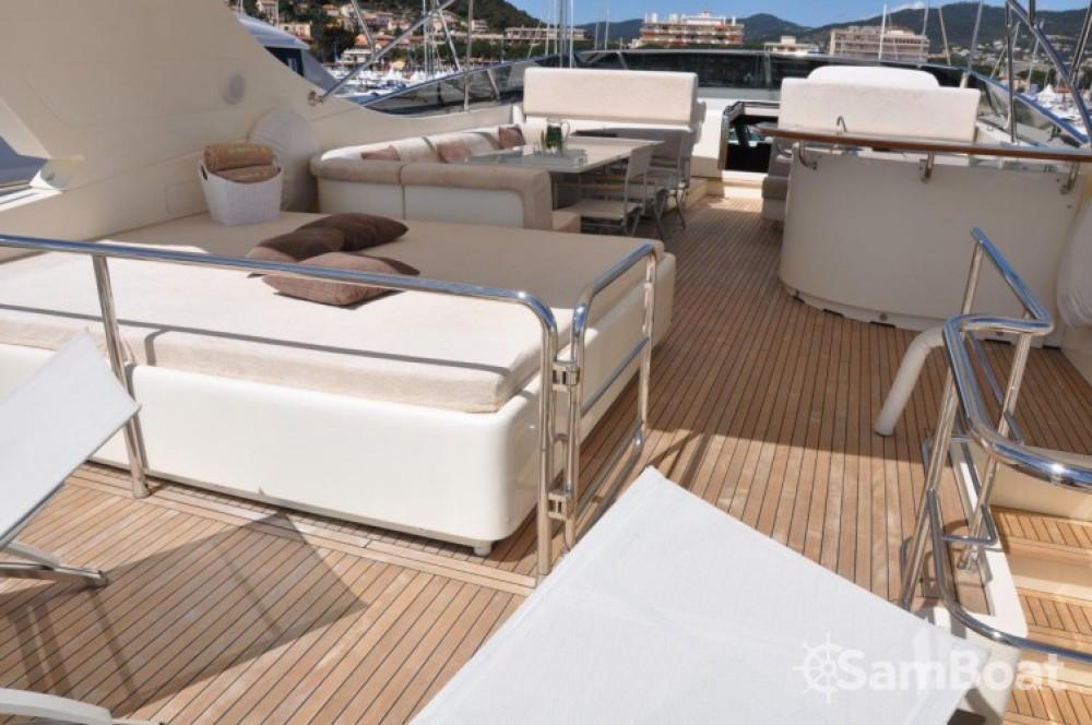 Yacht a noleggio Mandelieu-la-Napoule al miglior prezzo