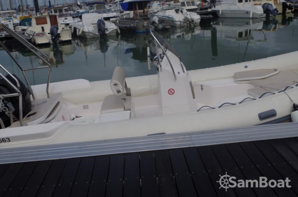 Noleggio barche Valiant Valiant 685 Classic La Rochelle su Samboat