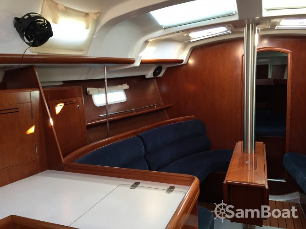 Noleggio yacht Bandol - Bénéteau Oceanis 343 Clipper su SamBoat