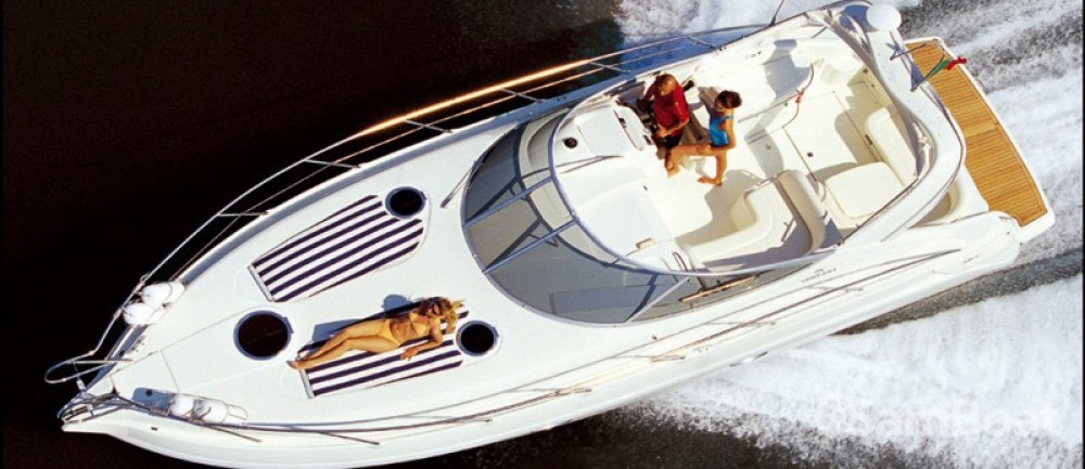 Barca a motore a noleggio Beaulieu-sur-Mer al miglior prezzo