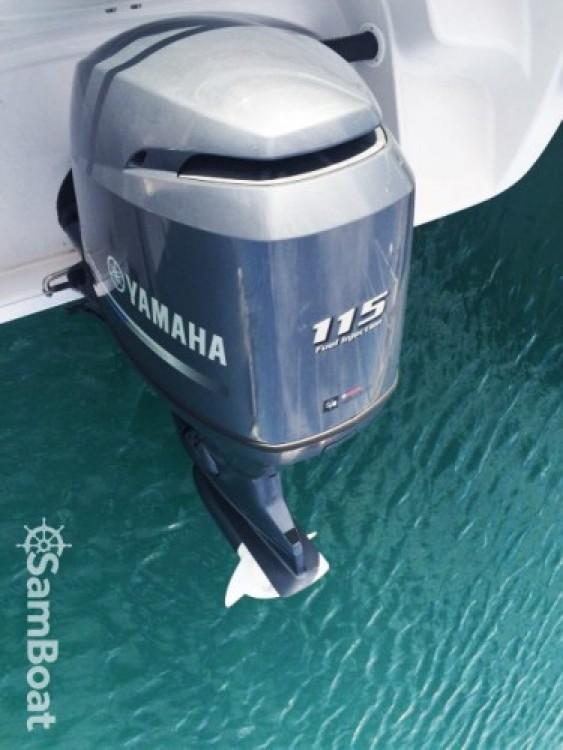 Noleggio Barca a motore con o senza skipper Ranieri Nizza